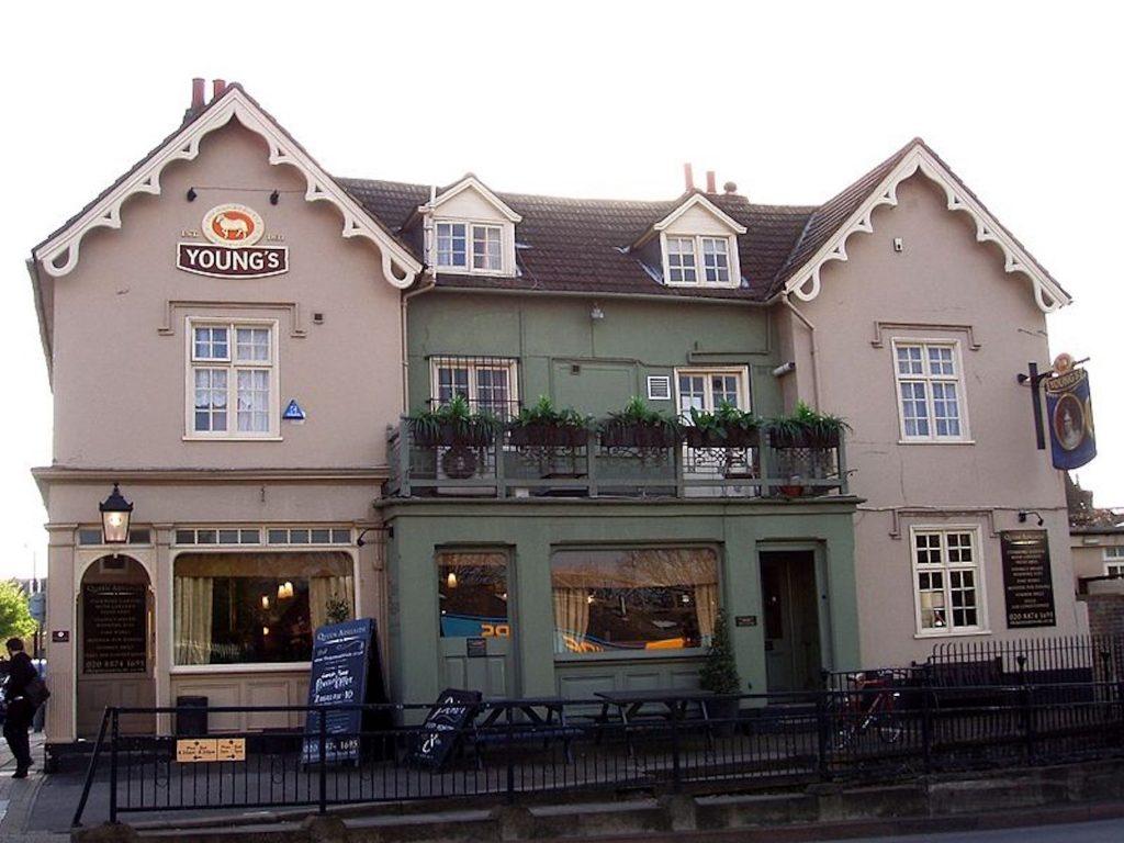 queen adelaide wandsworth pub quiz